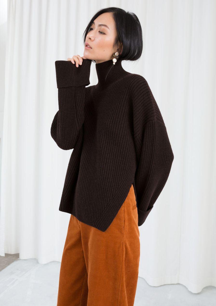 Cuello alto: estos son los suéteres más bonitos con cuello medio alto.  – Moda
