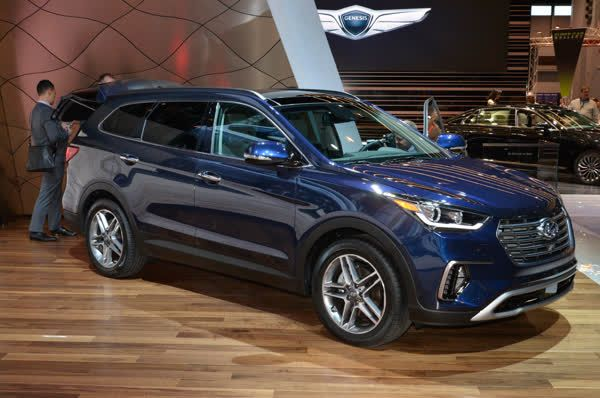 On the safety front the 2017  Hyundai Santa Fe has a 360degree