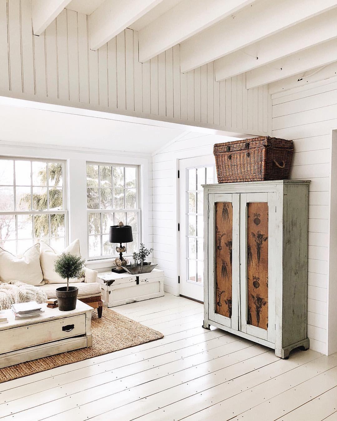 Pin By Edaj On H U M B L E A B O D E Home Decor White Painted Floors Sunroom Decorating
