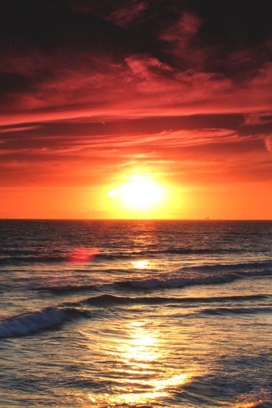 Mystical Sunset At Newport Beach Ca Beach Sunset Wallpaper Beach At Night Beach Sunset Images