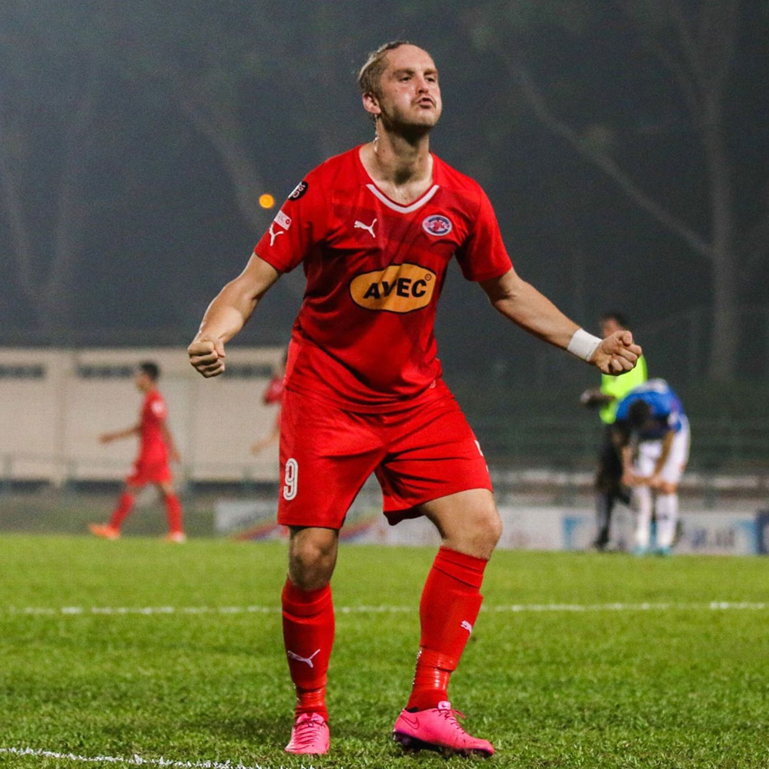 Ken Ilso Double As Home United Thump Geylang In Singapore League Cup League Soccer Team Geylang
