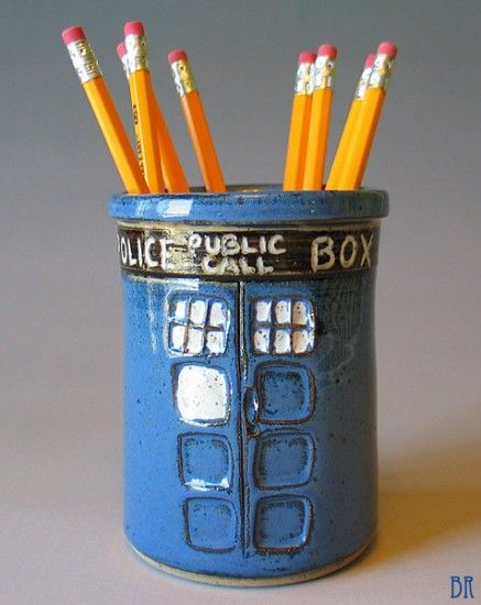 DOCTOR WHO TARDIS Pen Cup | Geek Decor