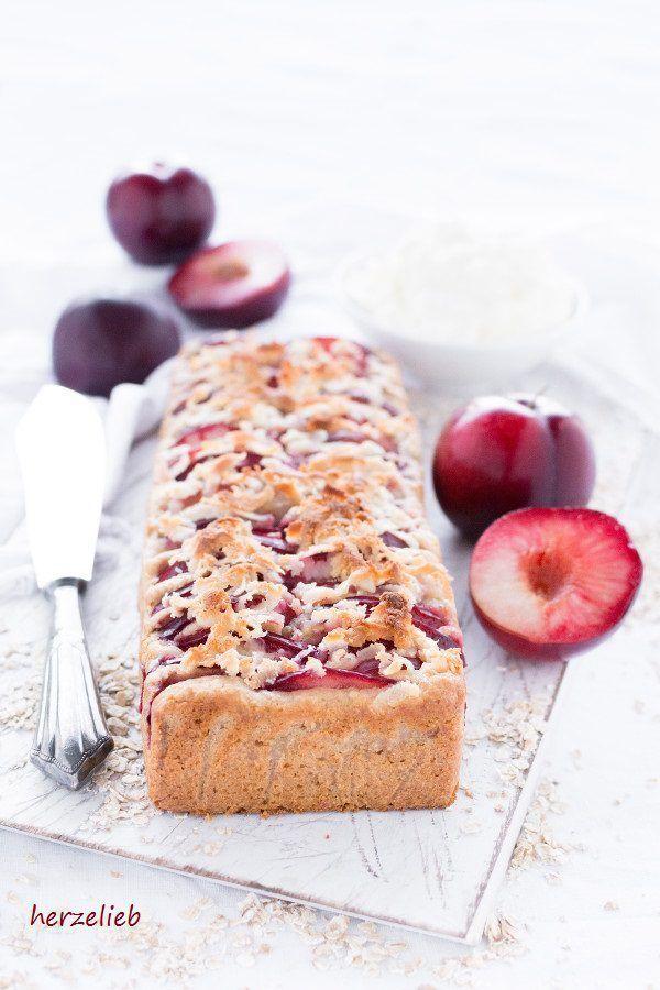 Kuchen - Rezept Dänischer Havrekage mit Marzipan und Pflaumen - für dieses Rezept habe ich Metis Pflaumen verwendet.  Haferflocken machen einen Kuchen schön kernig! #Dänemark