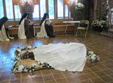 Discalced Carmelite Nuns