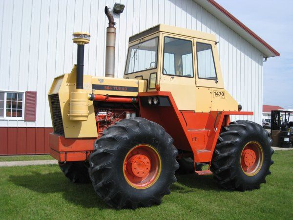 The Case 1470 Traction King A Fair Bit More Sophisticated Than Its Predecessor The 1200 And A Precursor Of Things To C Tractors Case Tractors Repair Manuals
