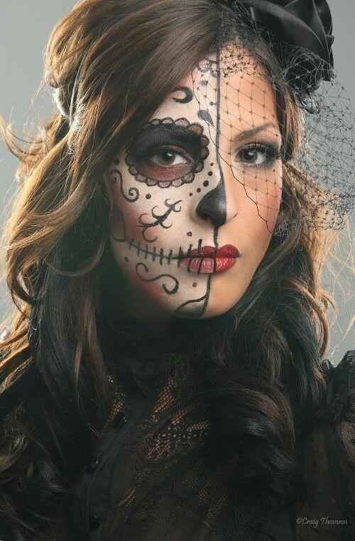 Mitad Catrina Para Este Día De Muertos Maquillaje De Fantasia