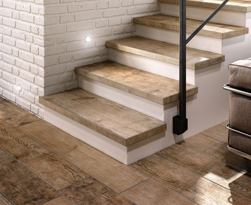 Gres porcellanato su scala come pavimento home ideas in - Escaleras de gres ...
