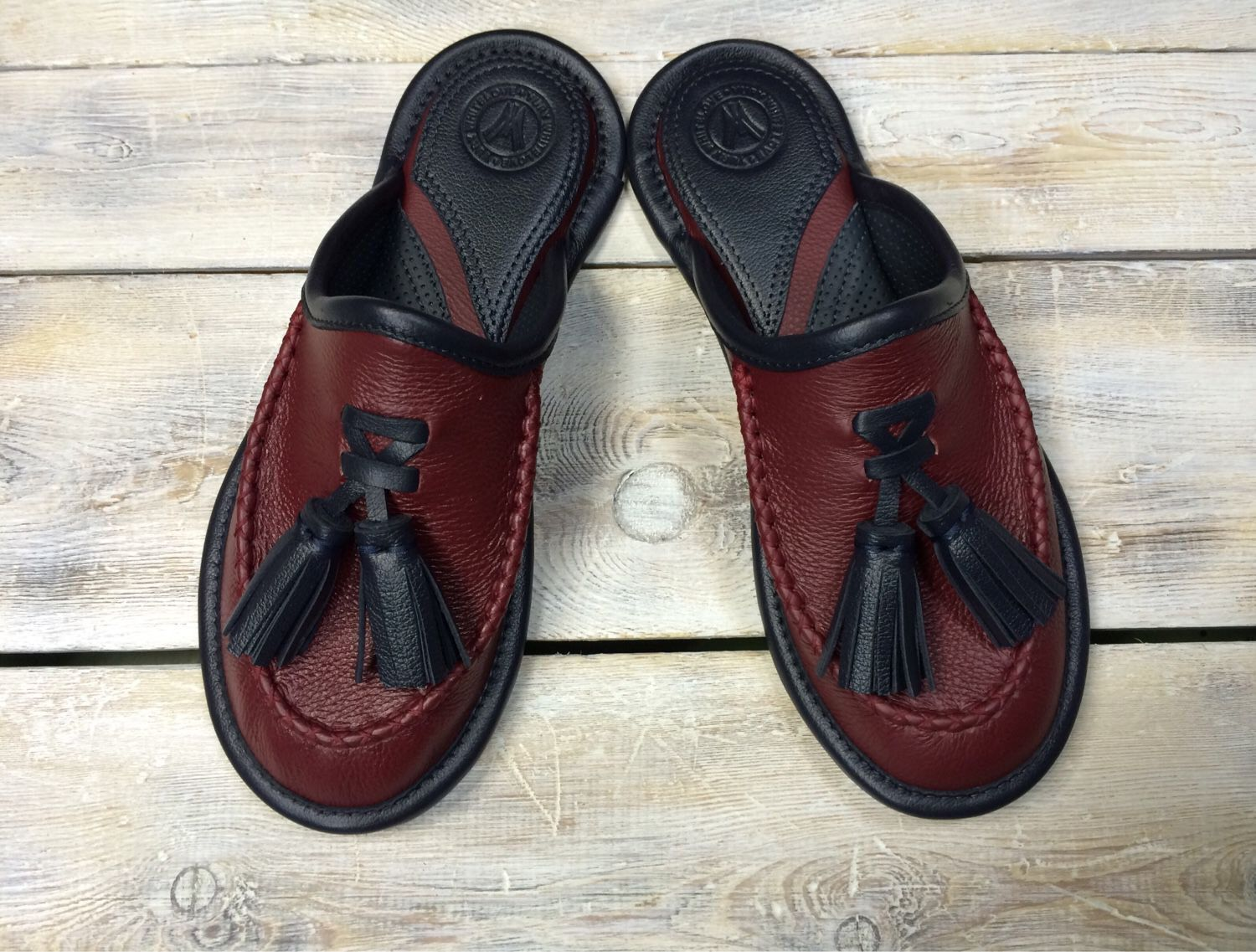 Mens Bedroom Slippers Wide 17 Best Ideas About Mens Leather Slippers On Pinterest Men