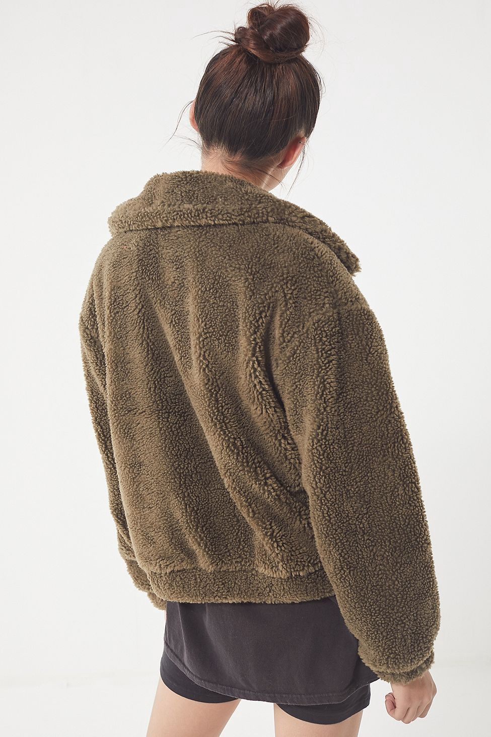 Uo Cropped Teddy Jacket By Urban Outfitters Products Pinterest
