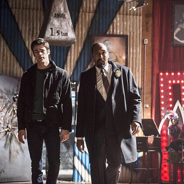 """""""JLM & I looking pretty badass in an upcoming episode. #TheFlash"""""""