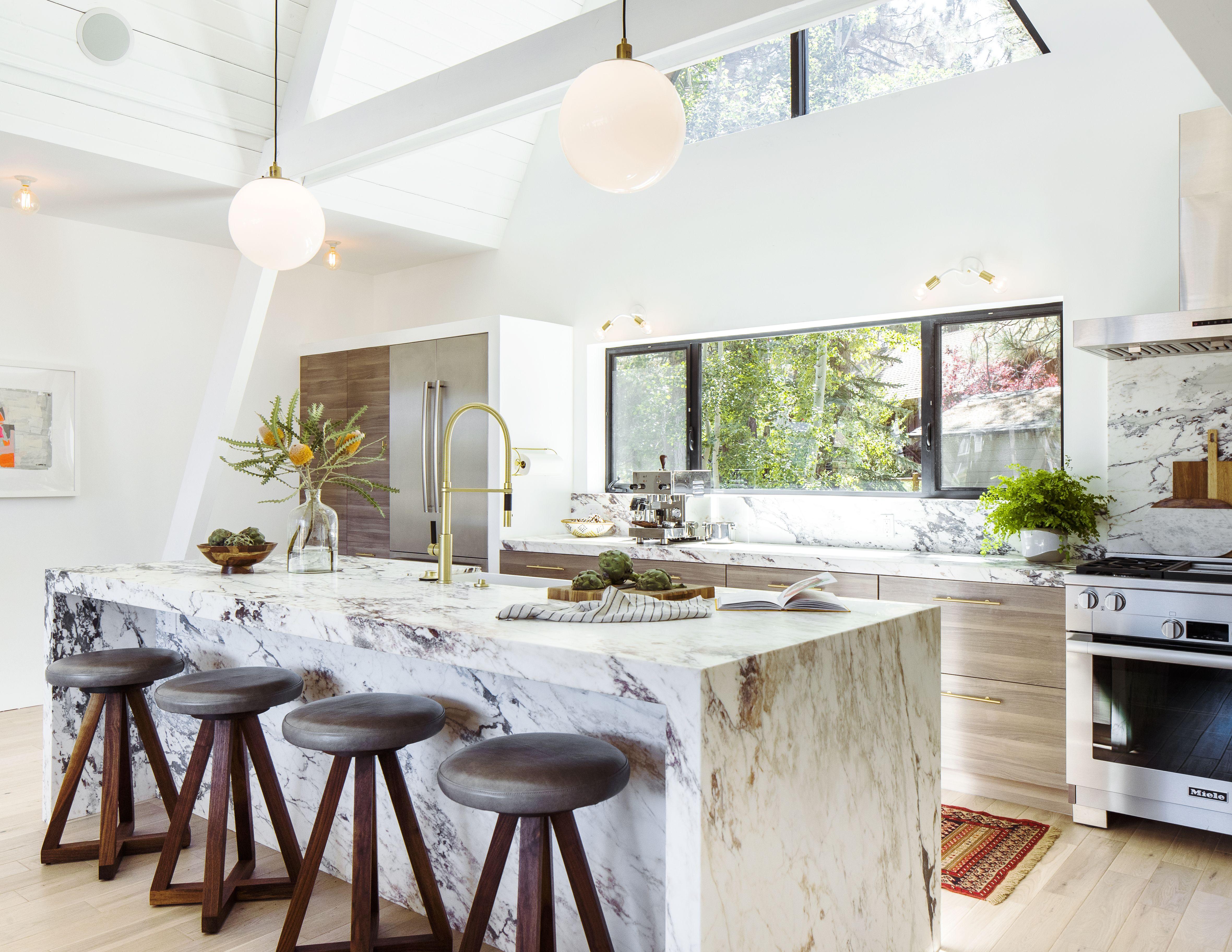 A-Frame Cabin Gets an A+ Makeover   Kuchen und Essen
