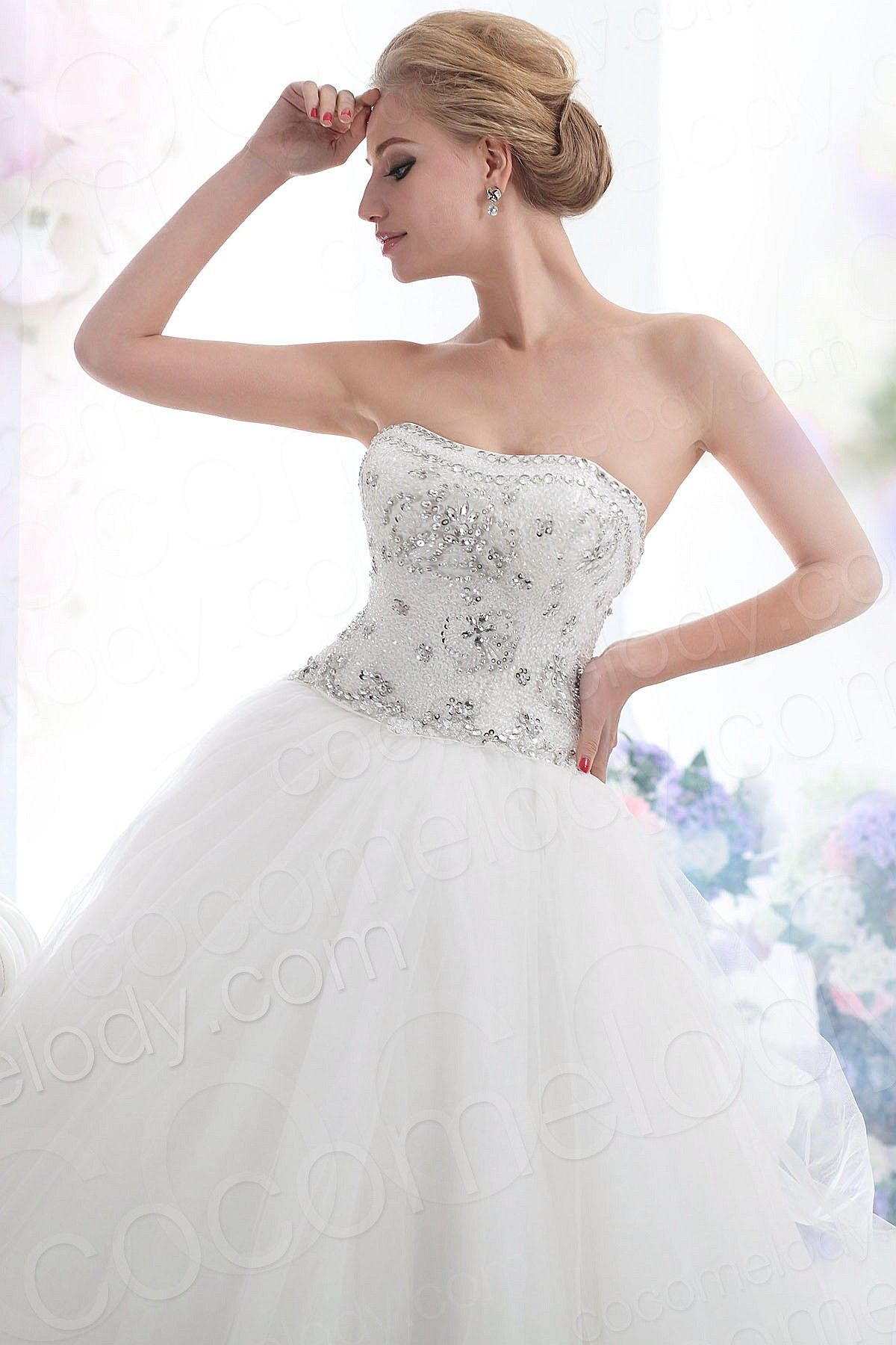Lovely Princess Sweetheart Chapel Train Tulle Lace Up
