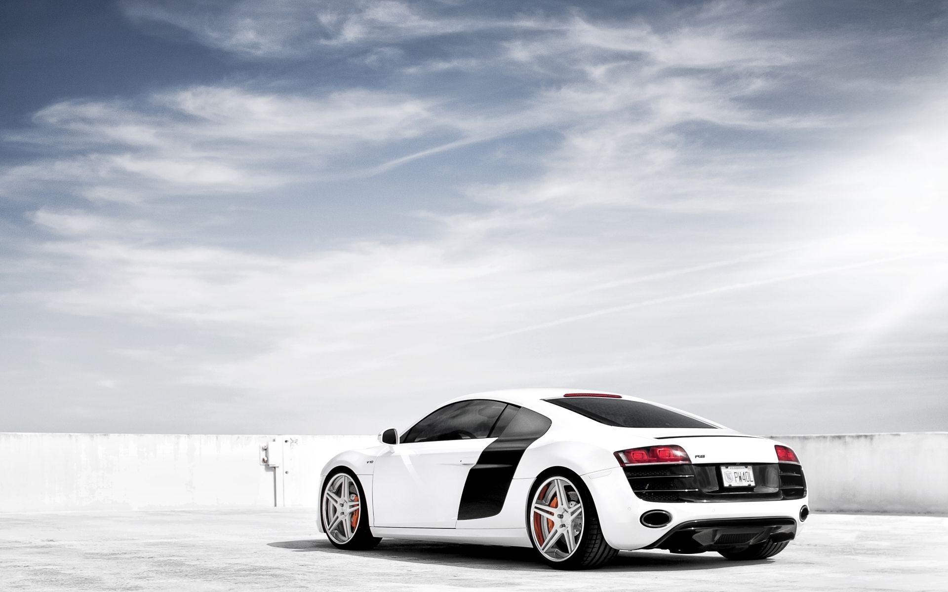 White Audi R8 Wallpaper Http Whatstrendingonline Com White Audi R8 Wallpaper White Audi R8 Audi R8 Bmw Background