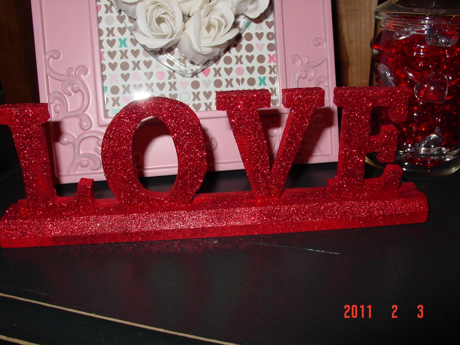 dollar tree valentine | Easy Peasy Lemon Squeezy! Super sparkly and glittery Valentines day ...