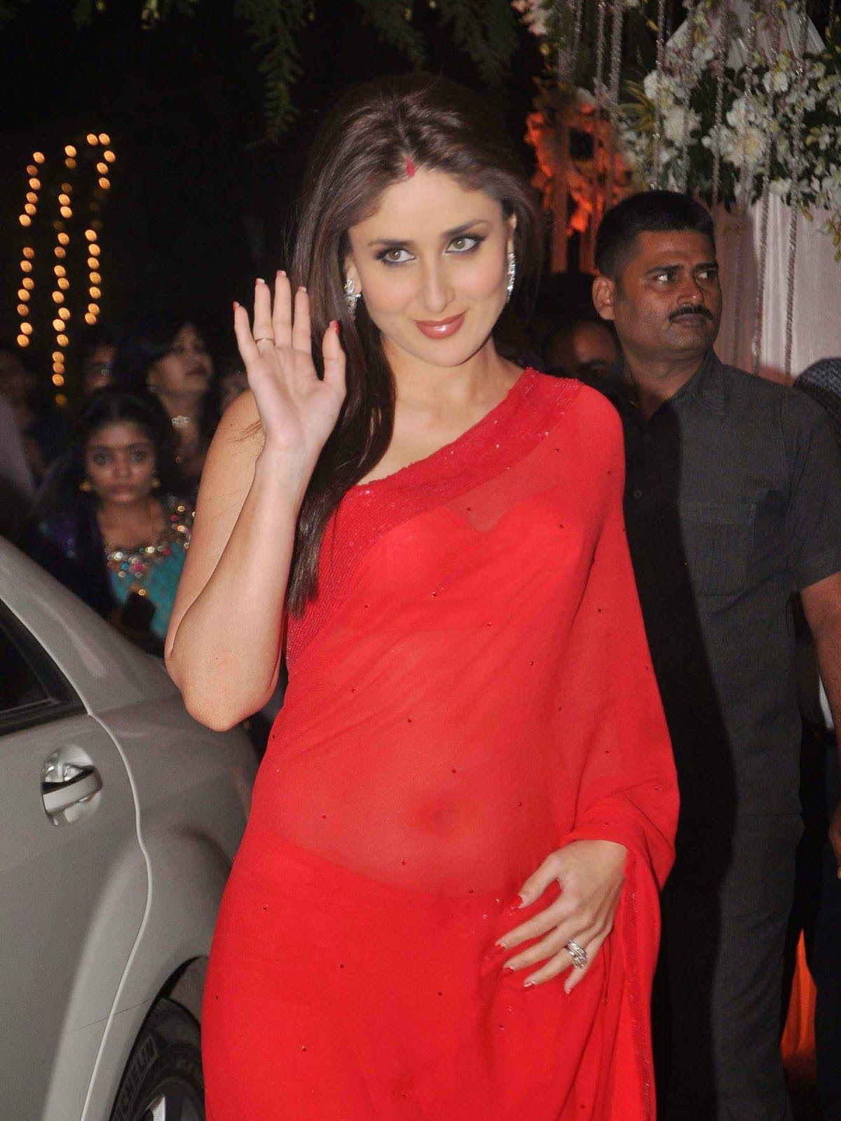 Kareena Kapoor Wallpapers Red Saree Pictures Red Saree Bollywood Actress Hot Photos Kareena Kapoor Saree