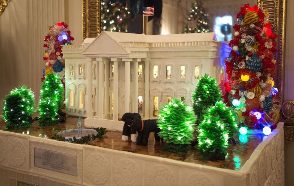 The White House Gingerbread House Weighing In At 300 Pounds Is