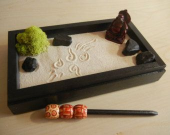 L02 Large Desk Or Table Top Zen Garden With By Critterswoodworks Mini Zen Garden Miniature Zen Garden Zen Garden