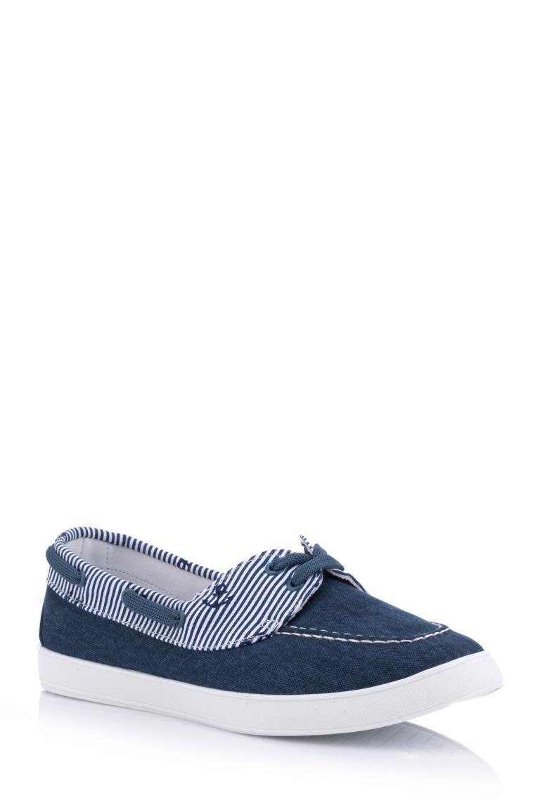 Beyaz Kadin Denizci Temali Ayakkabi 404019 Vans Classic Slip On Sneaker Slip On Sneaker Sneakers