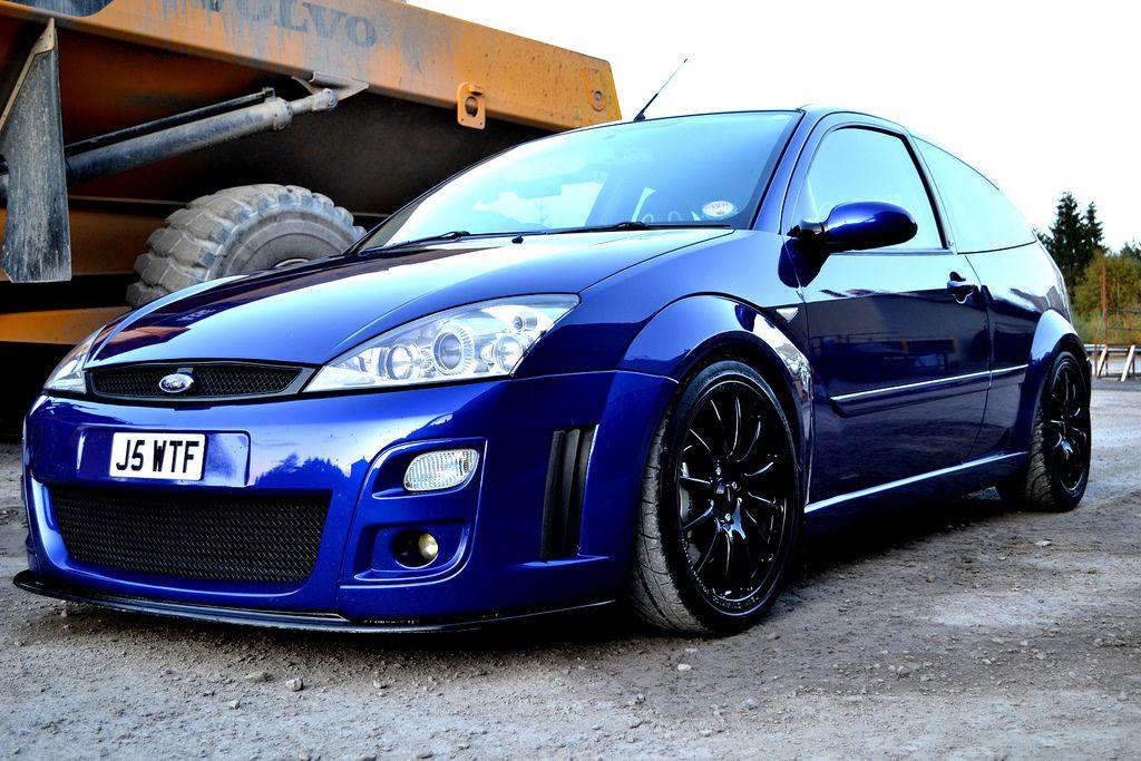 Blue Ford Focus Svt With Black Wheels Goruntuler Ile