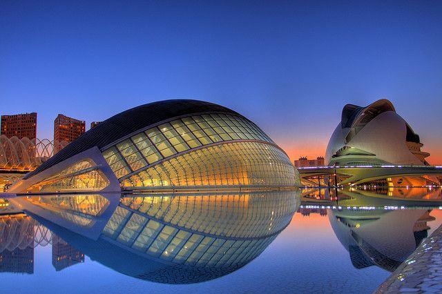 Ciudad De Las Artes Y Las Ciencias Valencia Modern Buildings Building Valencia City
