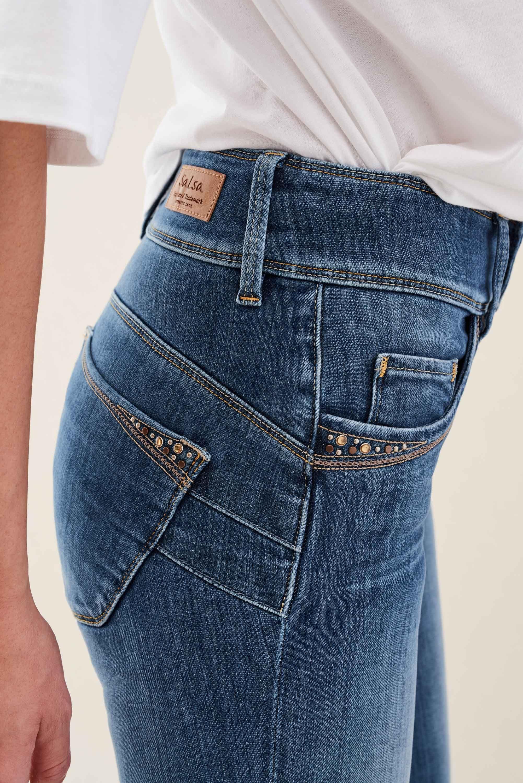 eb2d70e05b01 Vaqueros Secret Push In skinny con tachuelas in 2019   Skinny jeans ...