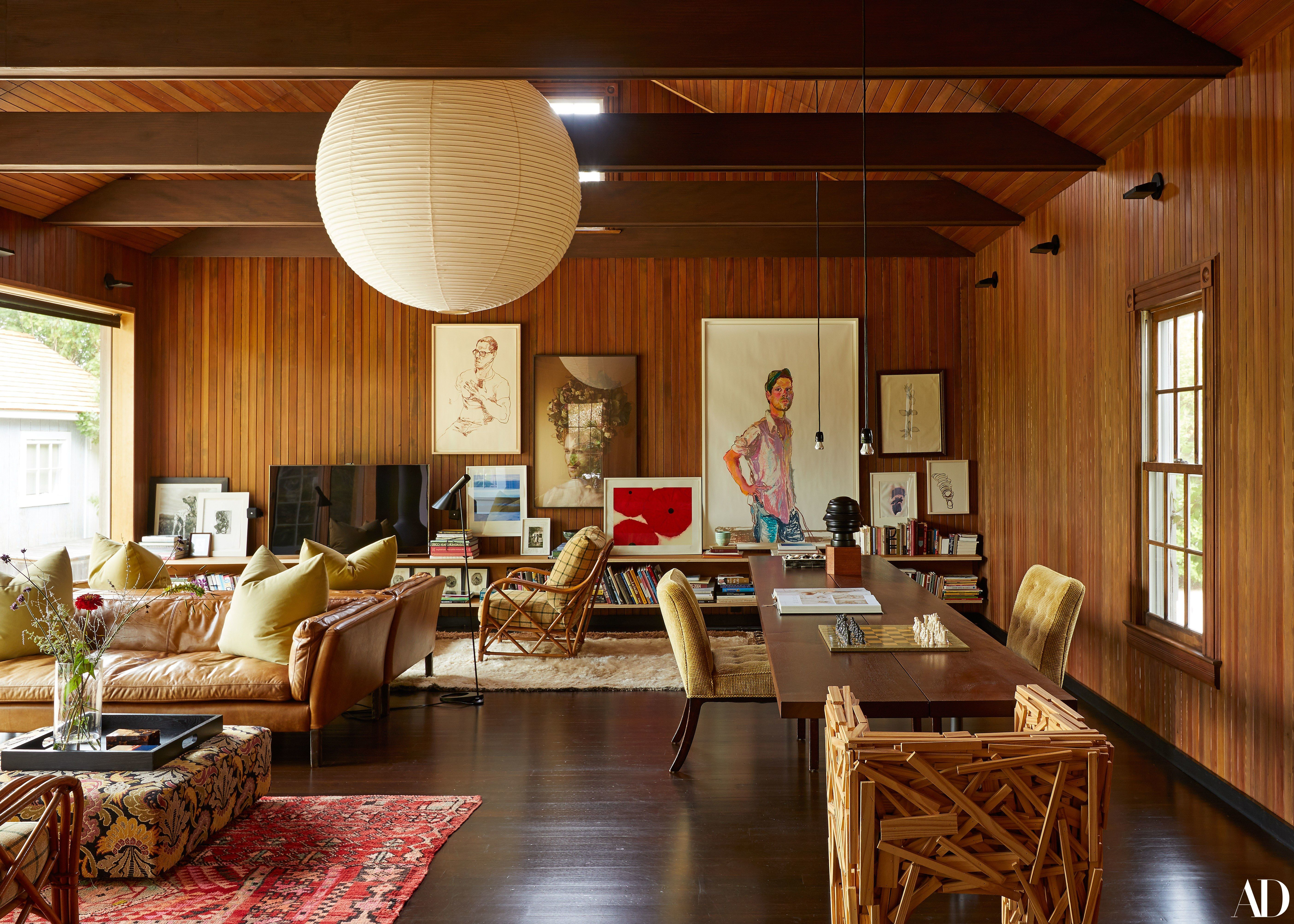An Understated Beach House That Artfully Breaks Convention in the Hamptons -  An Understated Beach House That Artfully Breaks Convention in the Hamptons Photos | Architectural D - #Artfully #Beach #BeachHouseInteriors #BeachHouses #BohemianDecor #Breaks #Convention #Cottages #EclecticDecor #Hamptons #House #IndustrialFurniture #Understated