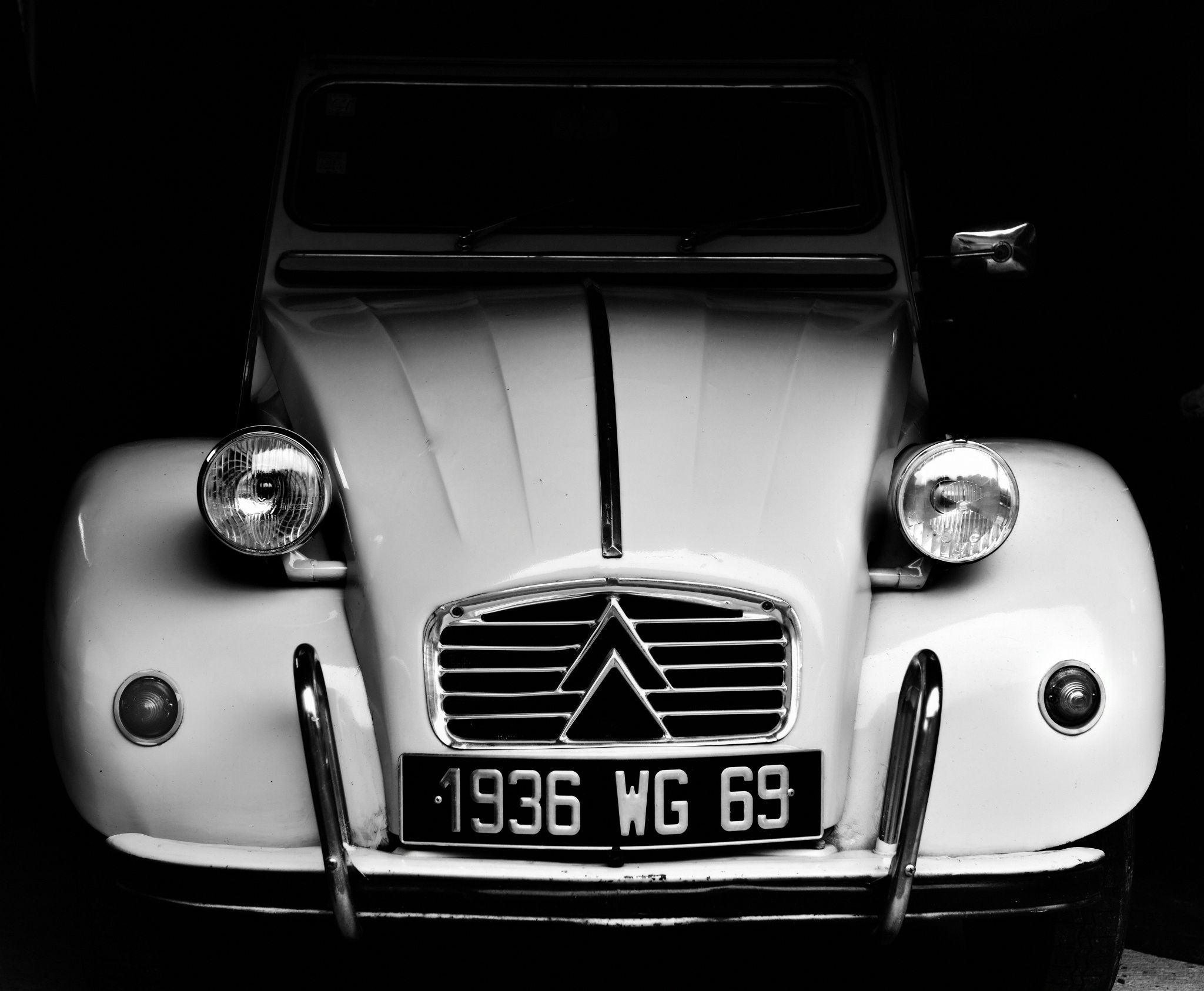 2cv by Gilles Vaillant on 500px