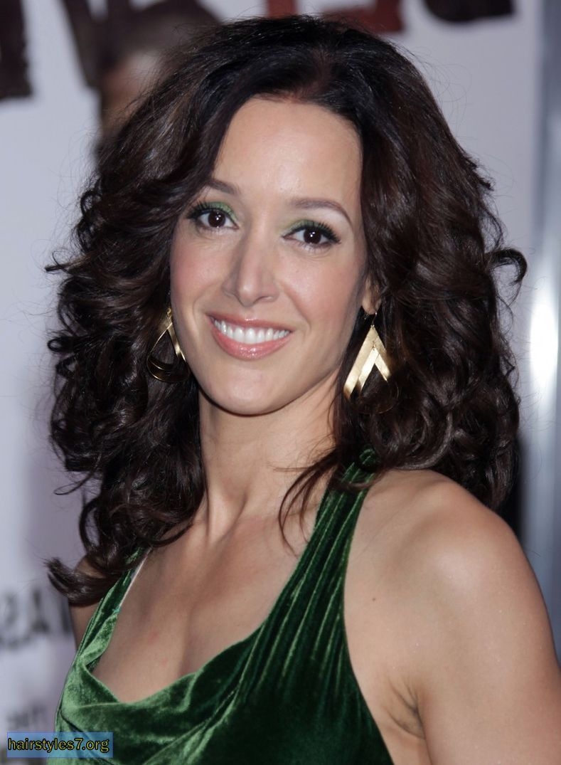 beals girls Jennifer beals has finally shed her girl-in-a- torn-sweatshirt image in favor of a decidedly different, grown-up kind of sexuality.