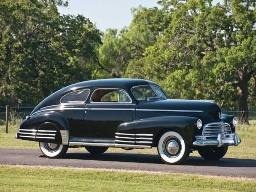 Chevrolet fleetline aerosedan 1946   (Source: carsontheroad) http://unnamed-cat.tumblr.com/