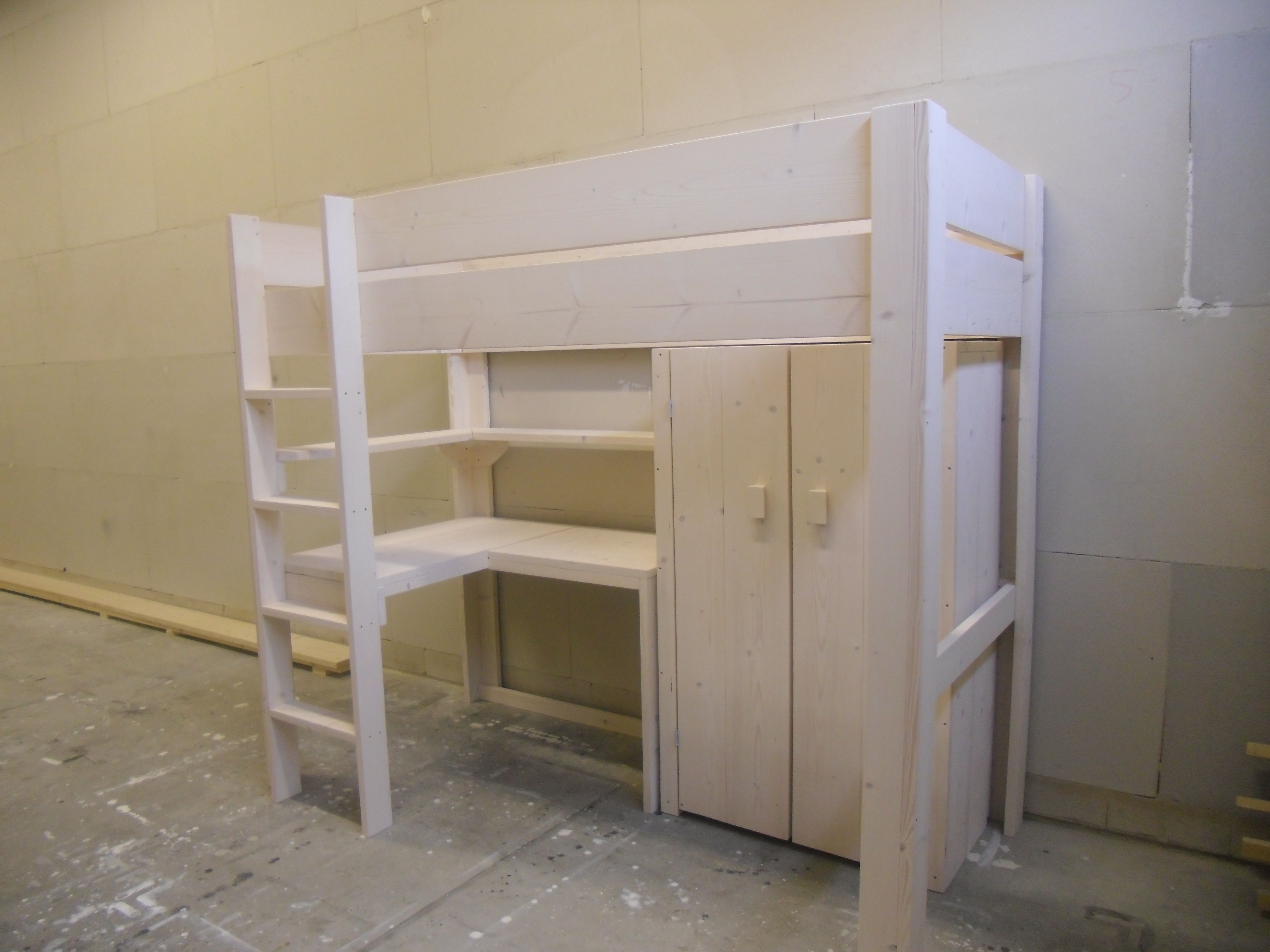 Ikea bureau kast yamai