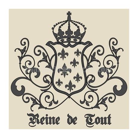 Reine de Tout with Crown and Fleur de Lis Crest 18x18 Stencil