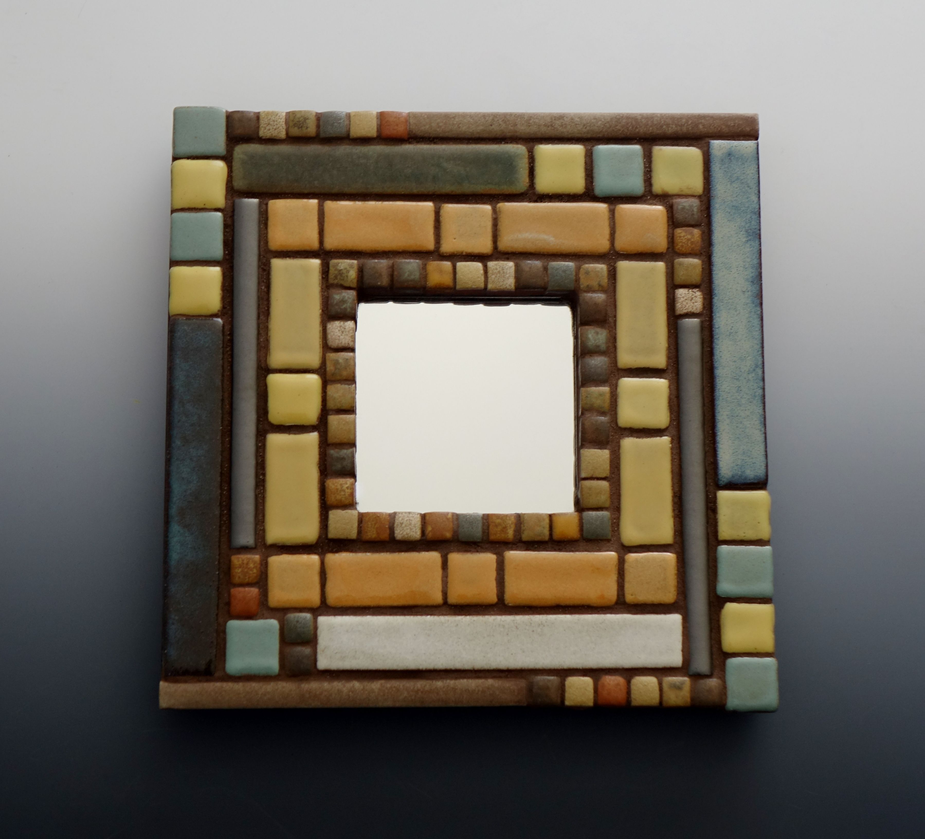 Small 10 X 10 Inch Mosaic Mirror Designed And Created By Karen J Lauseng In 2020 Mosaic Mirror Mosaic Art Mirror Designs