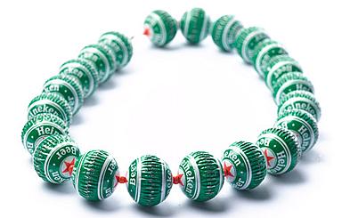 Bottlecap Great Green Goods Shopping The Eco Friendly Way Bottle Cap Necklace Bottle Cap Jewelry Jewelry Magazine