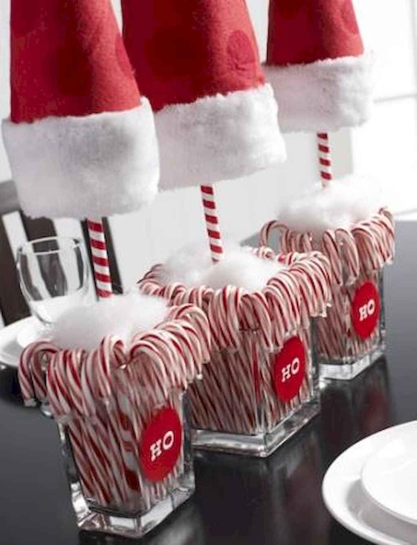 25 Elegant Christmas Party Table Decorations Ideas (24) - LivingMarch.com #xmastabledecorations