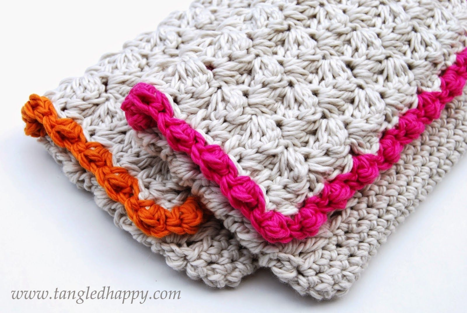 Anthropologie inspired summer clutch free crochet pattern the anthropologie inspired summer clutch free crochet pattern the bright bold boarder on a neutral bankloansurffo Gallery