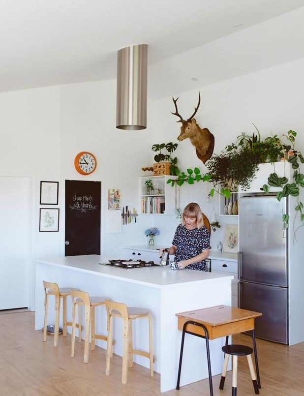 Photo of Quirky Tauranga home proves new doesn't have to be boring
