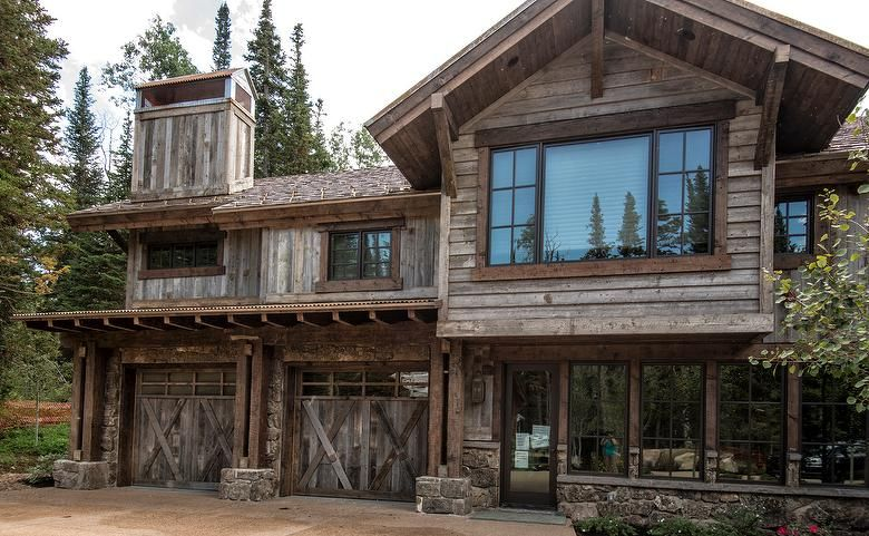Antique Gray Barnwood Siding Weathered Timbers Trestlewood Timbers Reclaimedwood Siding Rustic Cabin Rustic House Rustic Country Homes