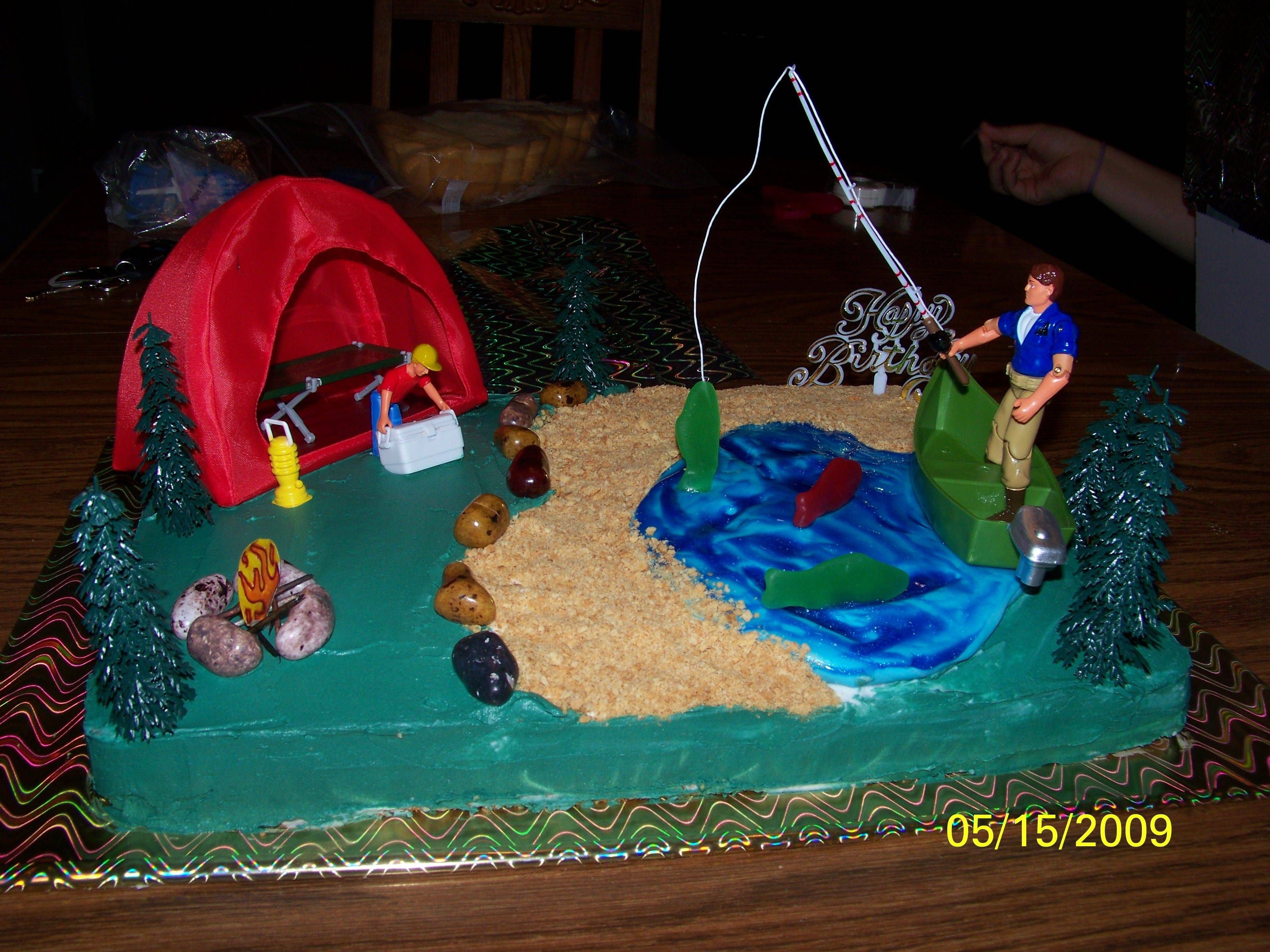 Save time and money with these creative birthday party for Fishing birthday cake
