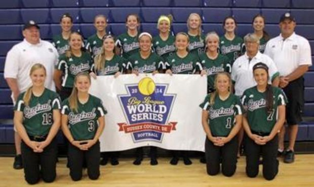 Coaches Edgerle Cheri Ritz And Jeff Vanzytveld Have Brought The Central Region Champions From Michi Youth Softball Softball Tournaments Softball World Series