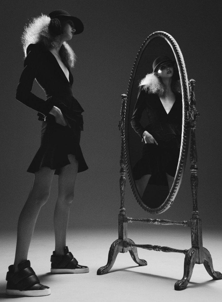 Molly Bair, Suki Waterhouse by Yvan Fabing for Garage Magazine Fall Winter 2015 9