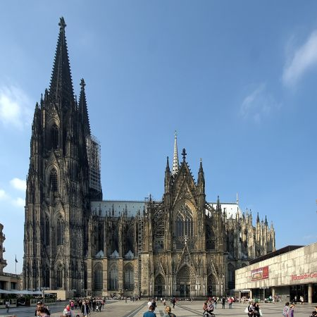 cologne cathedral cologne cathedral is colognes official landmark and is a must see for every visitor it is a roman catholic cathedral built between 1248 - Koln Must See