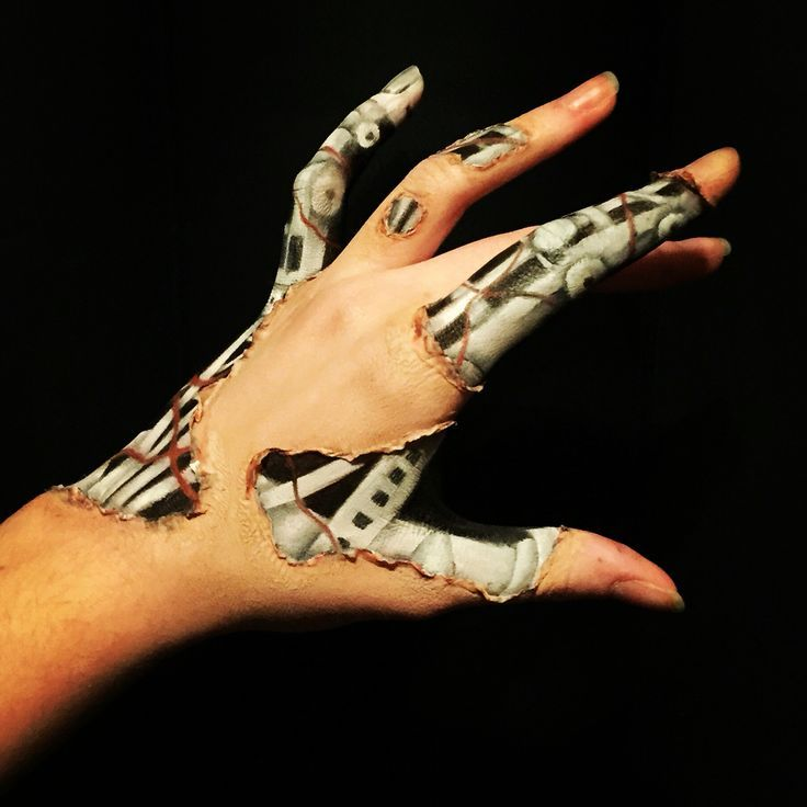 Photo of My robot hand makeup. I achieved this effect with … – #achieved #effect #hand …