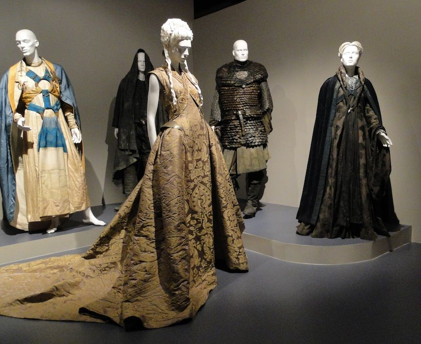 Outstanding Costumes For A Series Game Of Thrones Walk Of Punishment Hbo Costume Designer Michele Clapton Assistant Moda Historica Moda Vestido Medieval