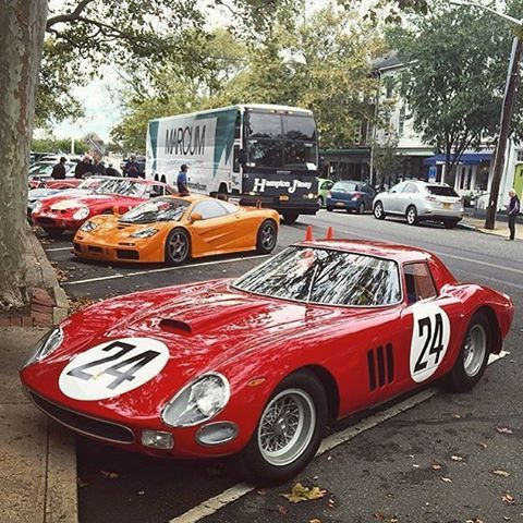 When you find yourself in front of a ton of GTO's and the Chicago's F1 LM on the street at Sag Harbor, NY. #Ferrari #250gto #mclaren #f1 #mclarenf1 #mclarenf1lm #f1lm #sagharbor #newyork #gto #delirio #vintagecar #classiccar #racecar #autogespot #drivetastefully Photo by @siljavk