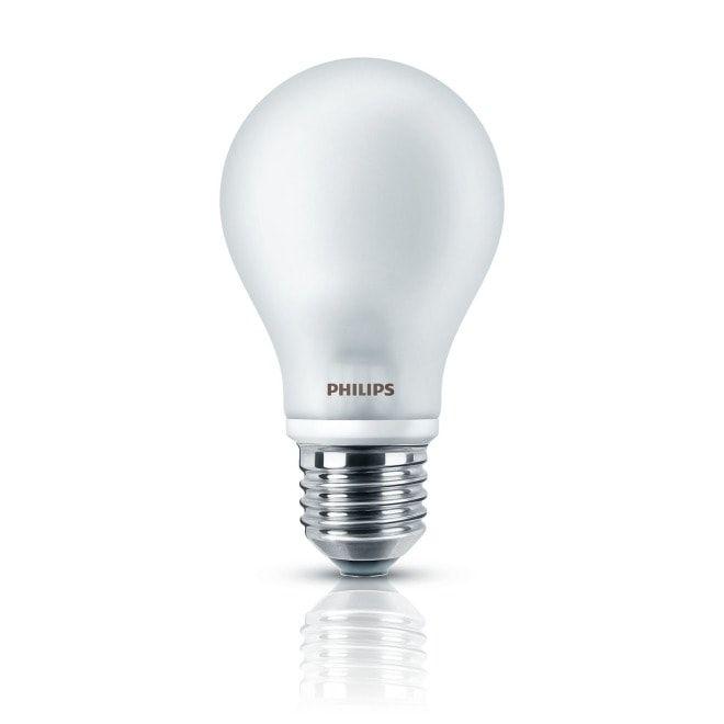 Philips Classic LEDbulb 6-40W E27 827 A60 FR ND - Mit den Philips Classic Filament Lampen setzen Sie auf moderne, fortgeschrittene LED-Technik und erhalten dabei trotzdem den Charme der klassischen Glühlampe. Sie kommen besonders in historischen Design Leuchten oder Kronleuchtern zur Geltung. Die Glühfäden erinnern an die Optik der alten Glühlampen und schaffen so eine gemütliche Atmosphäre in Ihrem Raum. Durch den breiten Abstrahlwinkel, sind sie ideal zum Ausleuchten von Räumen. #altenkronleuchter