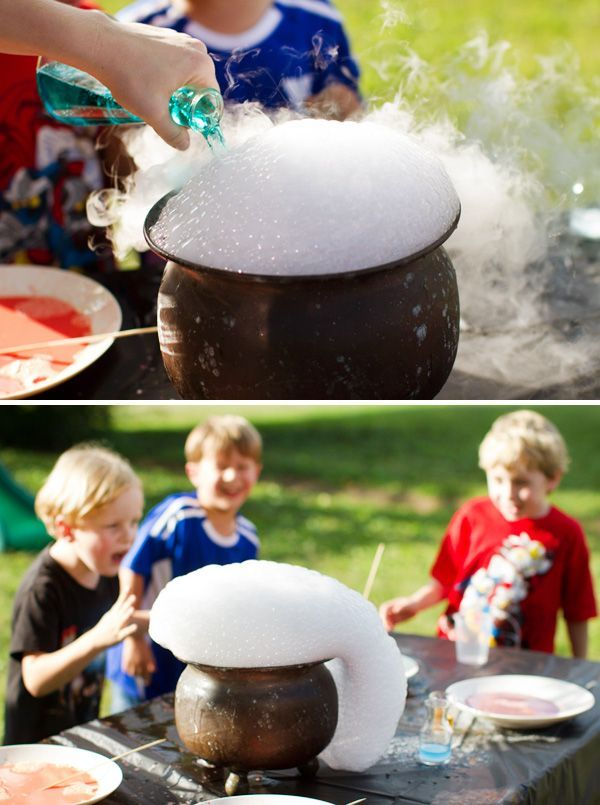 Marvelous Hogwarts Inspired Harry Potter Party // Hostess with the Mostess®