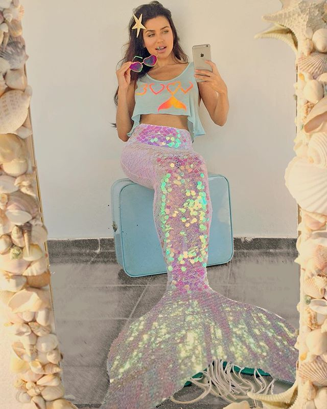 Iridiscent Mermaid Tail Sequins Yenajah Love Crop Top Cauda De Sereia
