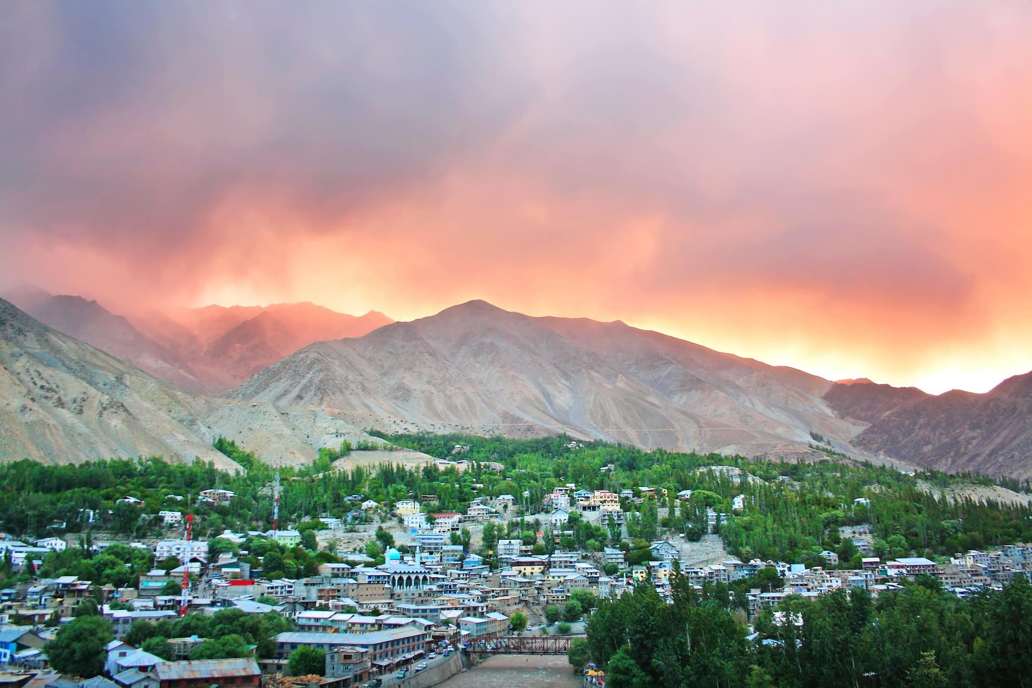 Fire in the mountain by Dheeraj Tripathi on 500px