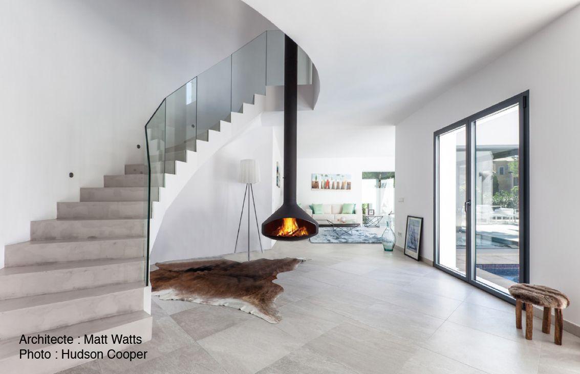 cheminee ergofocus centrale suspendue foyer bois. Black Bedroom Furniture Sets. Home Design Ideas