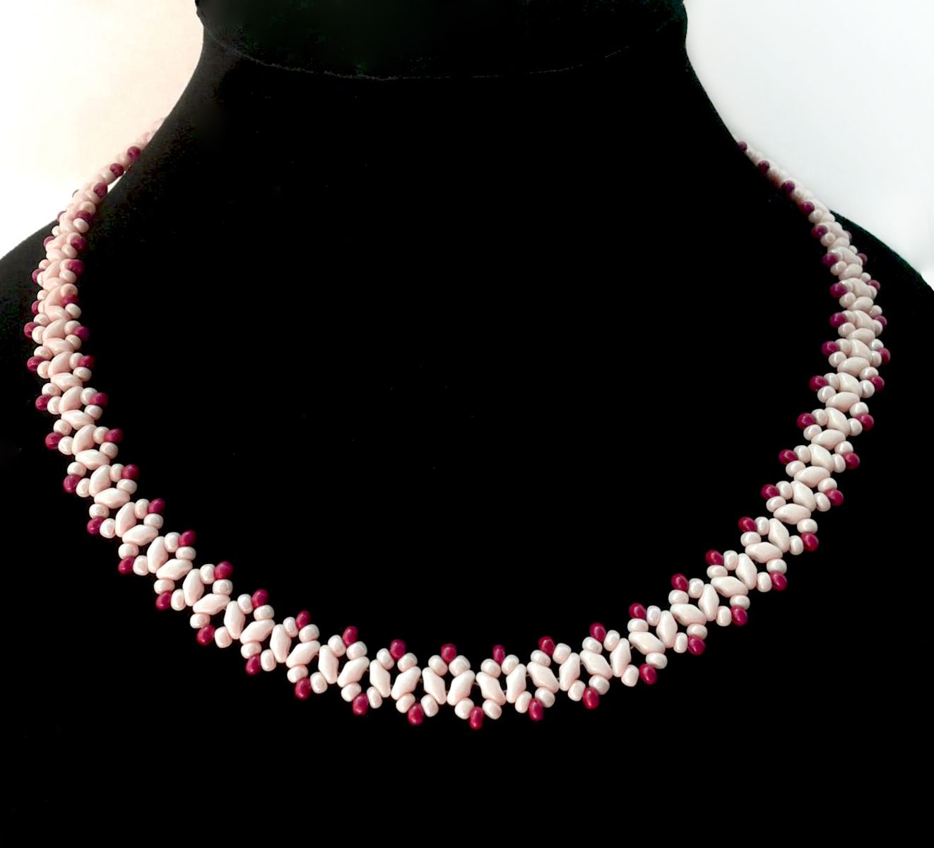 Free pattern for necklace sugared cranberries click on link to get free pattern for necklace sugared cranberries click on link to get pattern http bankloansurffo Images